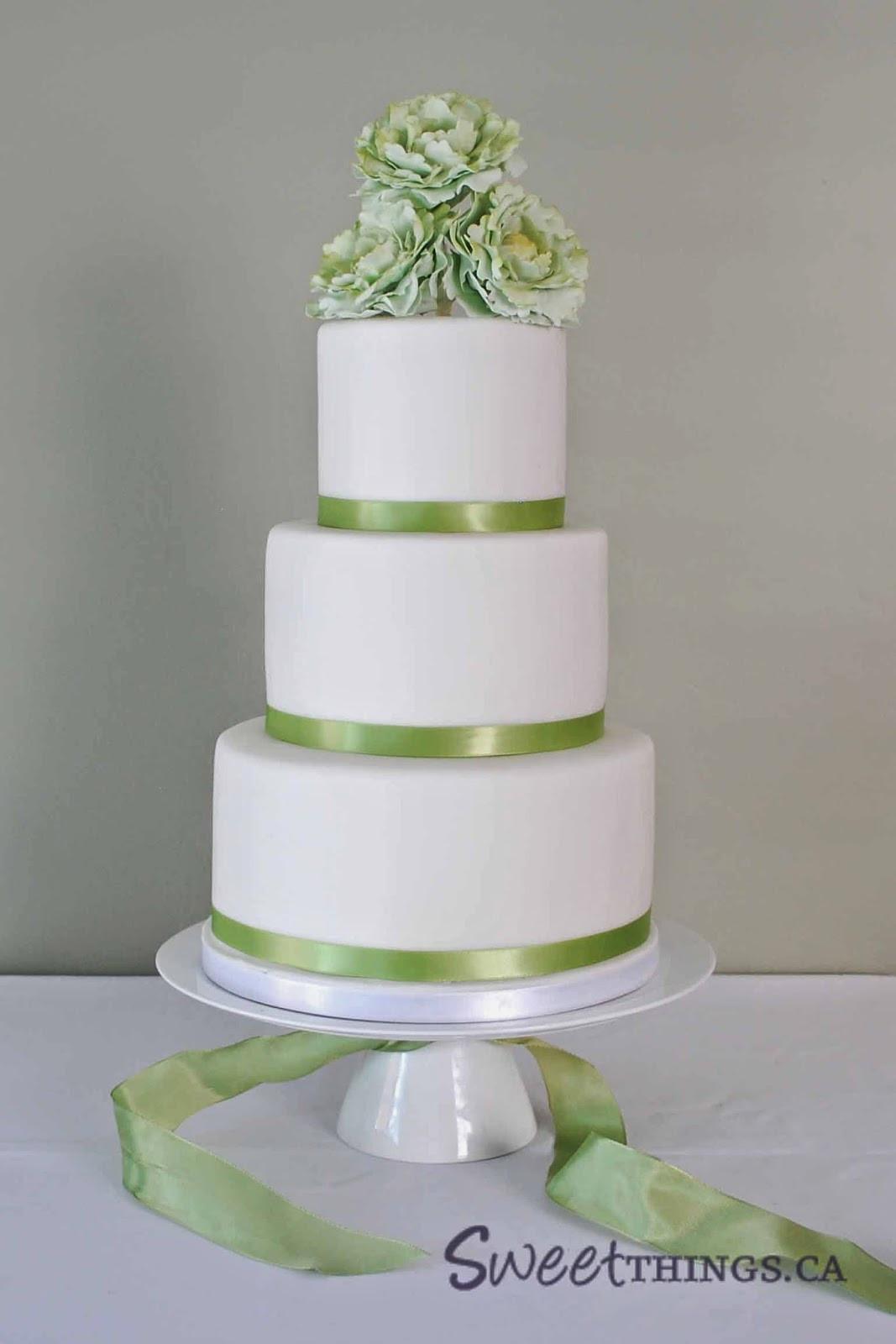 Green And White Wedding Cake  SweetThings Green and White Wedding Cake