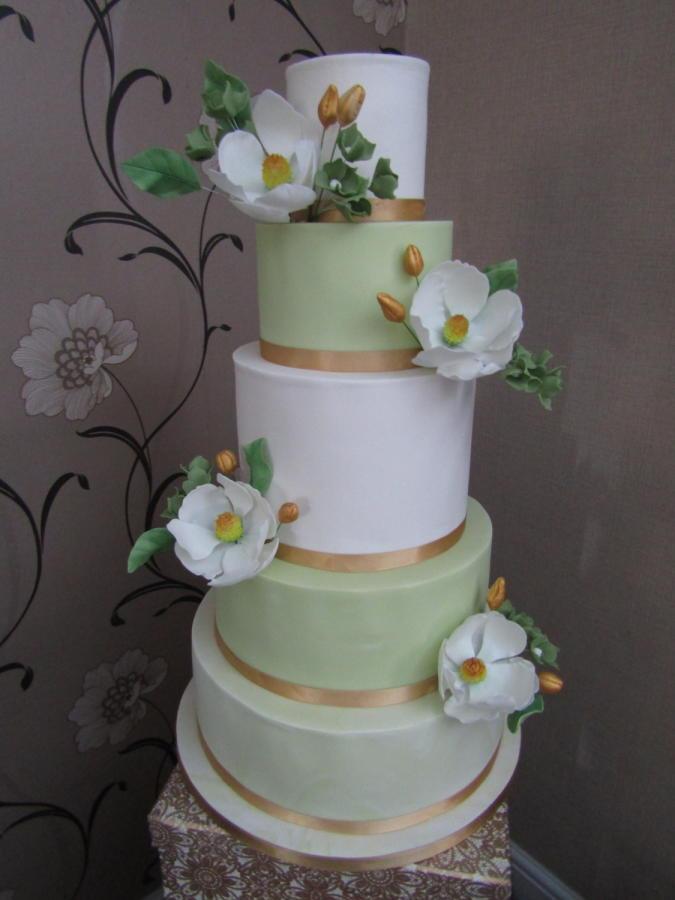 Green And White Wedding Cake  White & green wedding cake cake by Mimi s Sweet Treats