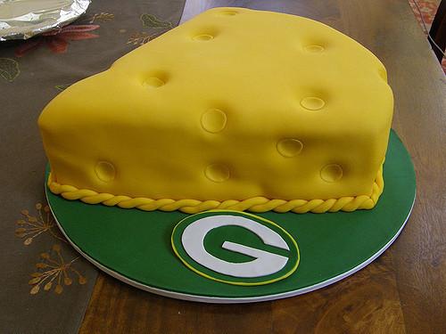 Green Bay Wedding Cakes  Cheesehead Groom s cake