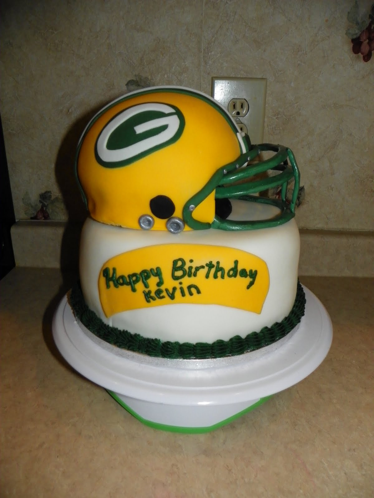 Green Bay Wedding Cakes  MAV Cakes Men s Cakes