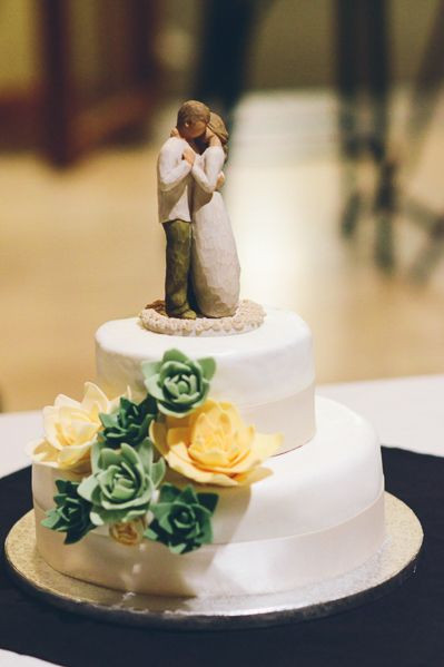 Green Bay Wedding Cakes  17 Best images about Green Bay Packers Wedding on