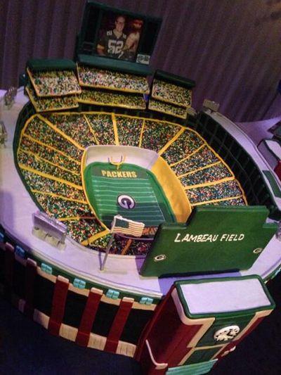 Green Bay Wedding Cakes  Lambeau Field Stadium Grooms Cake for Green Bay Packers