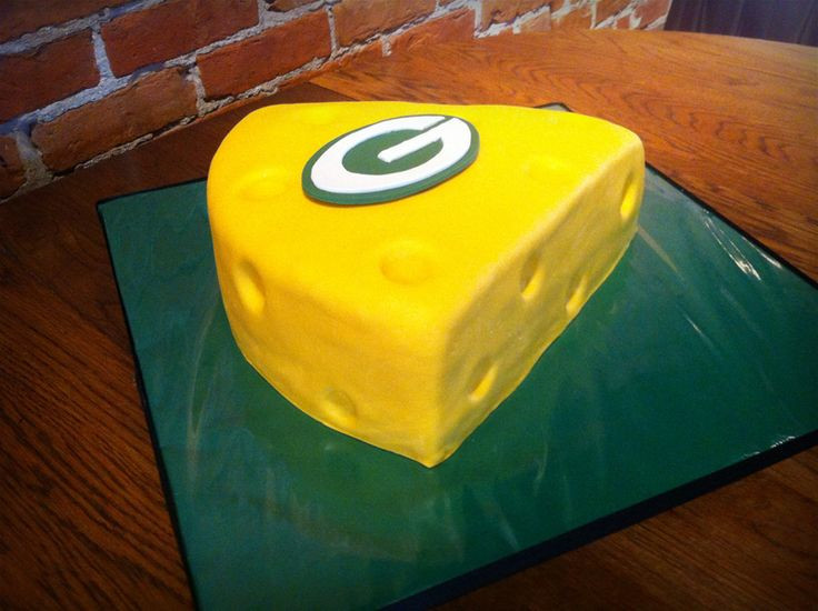 Green Bay Wedding Cakes  17 Best images about Groom s Cake Ideas on Pinterest