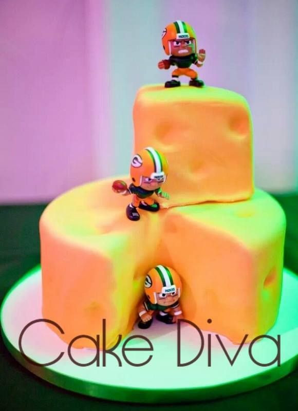 Green Bay Wedding Cakes  98 best images about Speciality Cakes on Pinterest