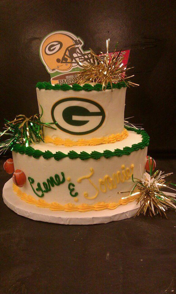 Green Bay Wedding Cakes  81 best Green Bay Packer cakes etc images on Pinterest