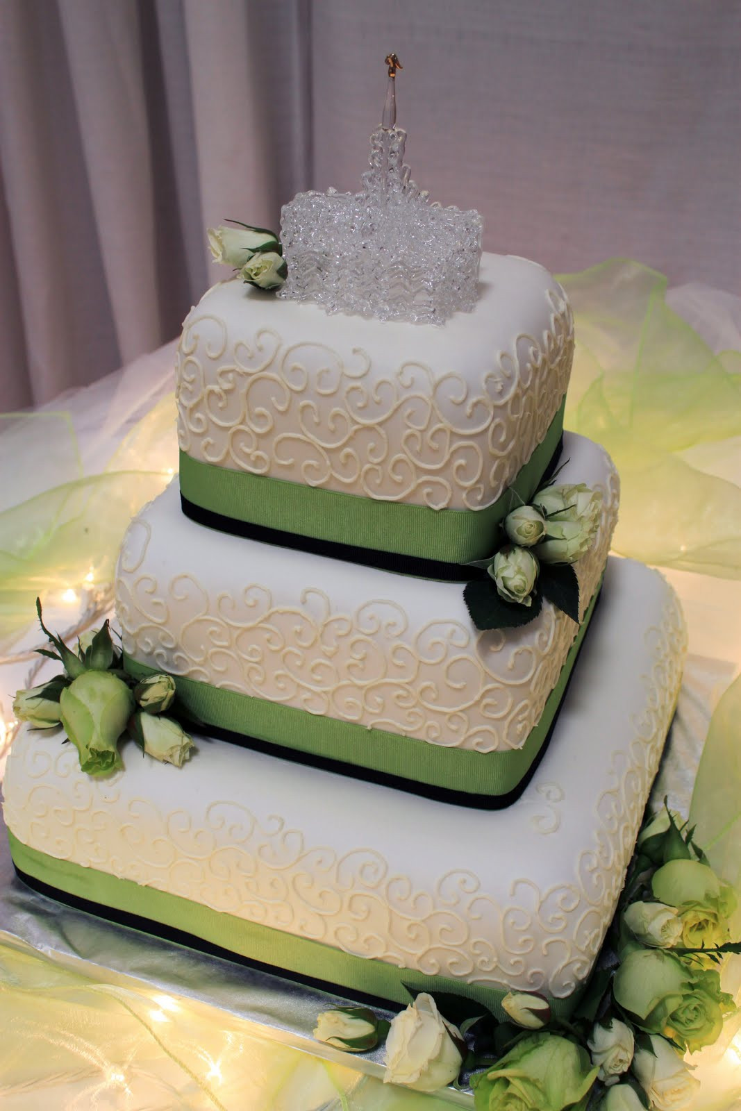 Green Wedding Cakes  Pink And Lime Green Wedding Cake