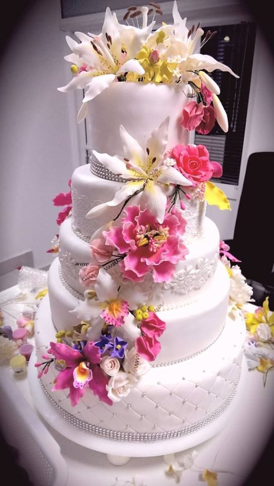 Gumpaste Flowers For Wedding Cakes  37 best images about Gum Paste Flowers on Pinterest