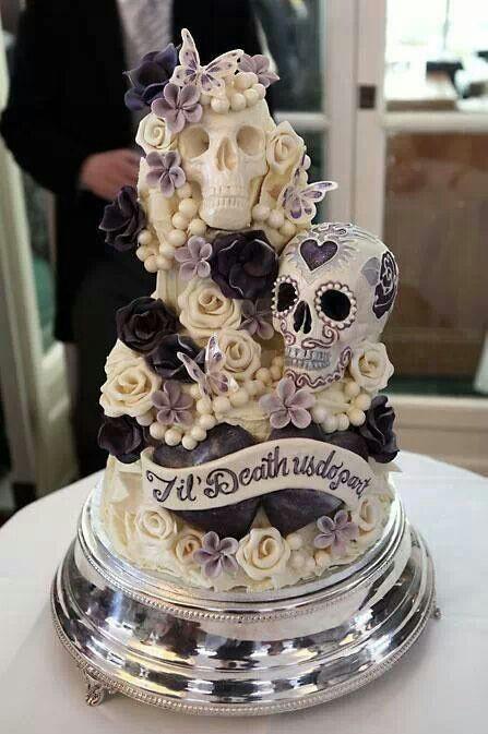 Halloween Themed Wedding Cakes  Halloween Theme Wedding Ideas