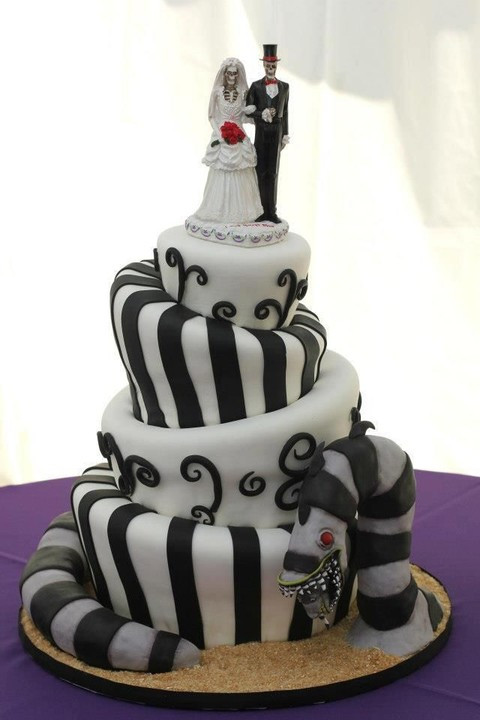 Halloween Themed Wedding Cakes  70 Unique Halloween Wedding Cakes