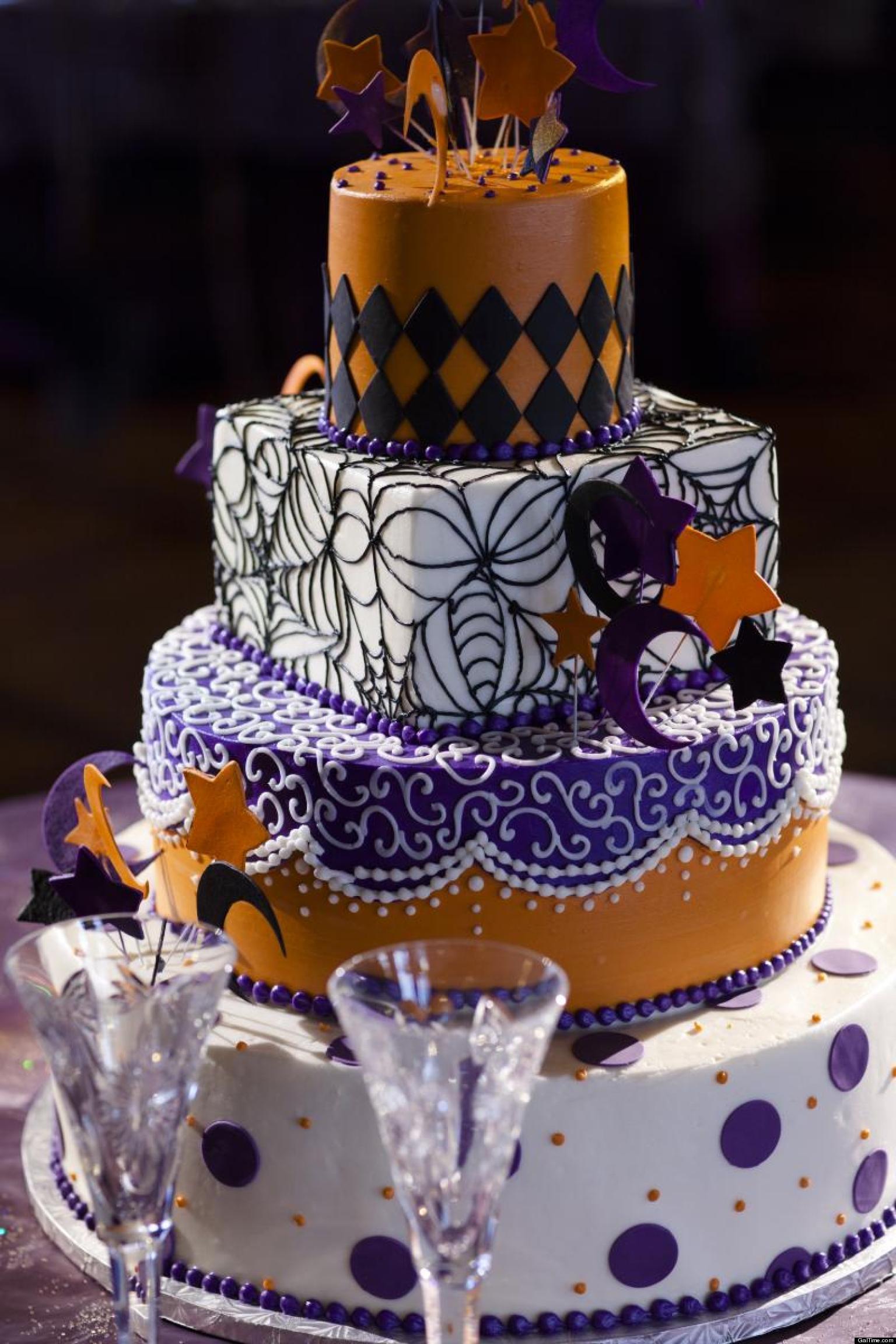Halloween Themed Wedding Cakes  Halloween Weddings Fab Frightening PHOTOS