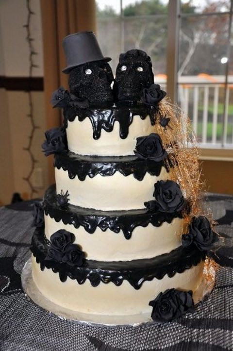 Halloween Wedding Cakes  70 Unique Halloween Wedding Cakes