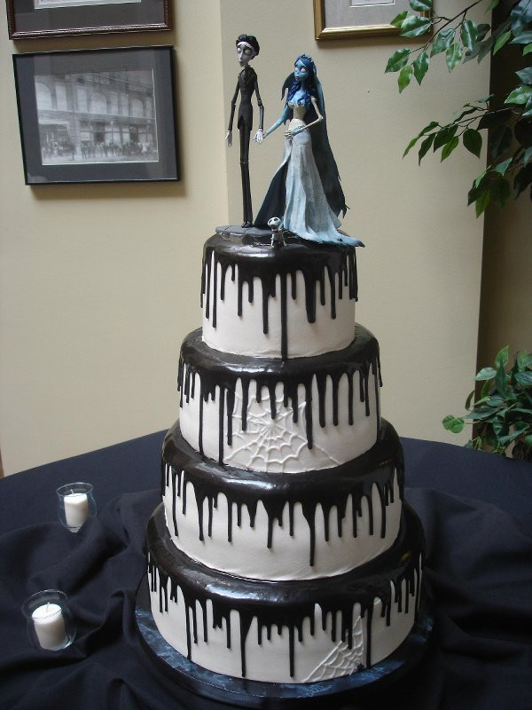 Halloween Wedding Cakes  Halloween Themed Wedding Cakes
