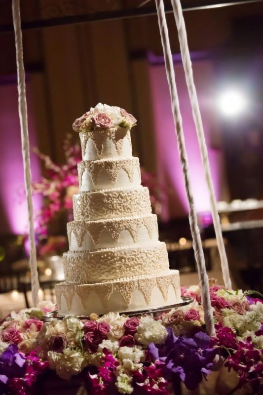 Hanging Wedding Cakes  17 Best images about Hanging Cakes on Pinterest
