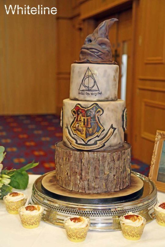 Harry Potter Wedding Cakes  Harry Potter Wedding cake by Shirley Jones CakesDecor