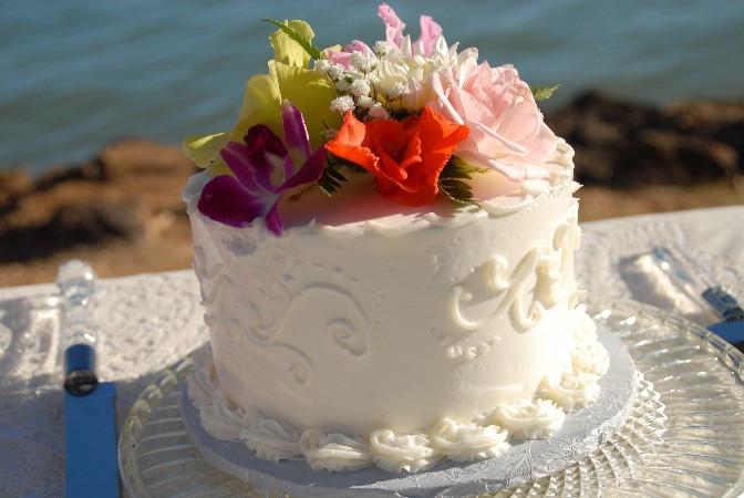 Hawaii Wedding Cake Recipe  Hawaii Wedding Vendors Wedding Cakes