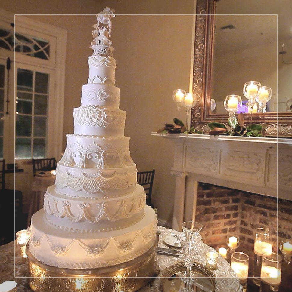 Haydels Wedding Cakes  Wedding Cake The Sweet Life Bakery New Orleans Mad Batter