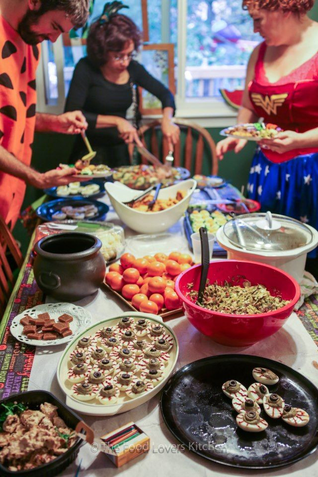 Healthy Appetizers For Potluck  Best 25 Halloween potluck ideas ideas on Pinterest