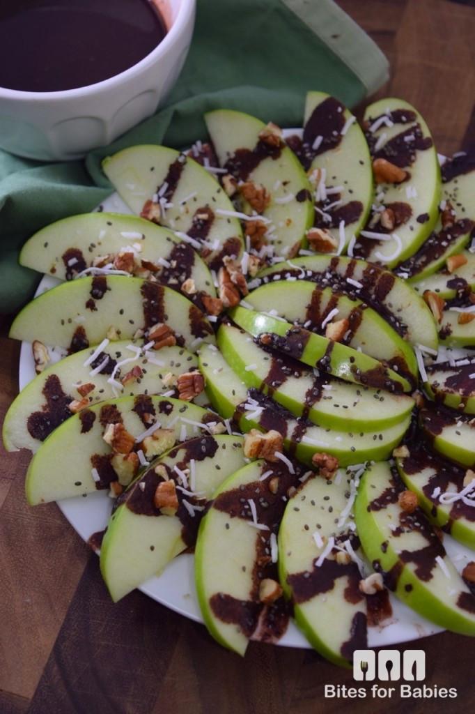 Healthy Apple Nachos  Healthy Apple Nachos Bites for Foo s