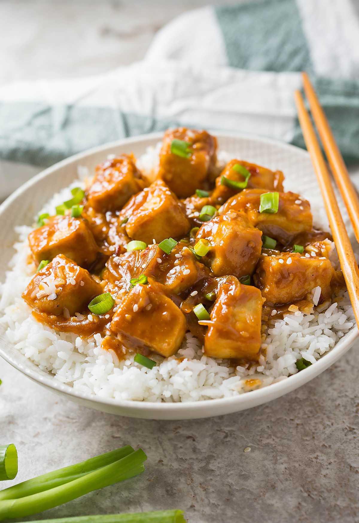 Healthy Asian Food Recipes  30 min Healthy Asian chili garlic tofu stir fry e Pan