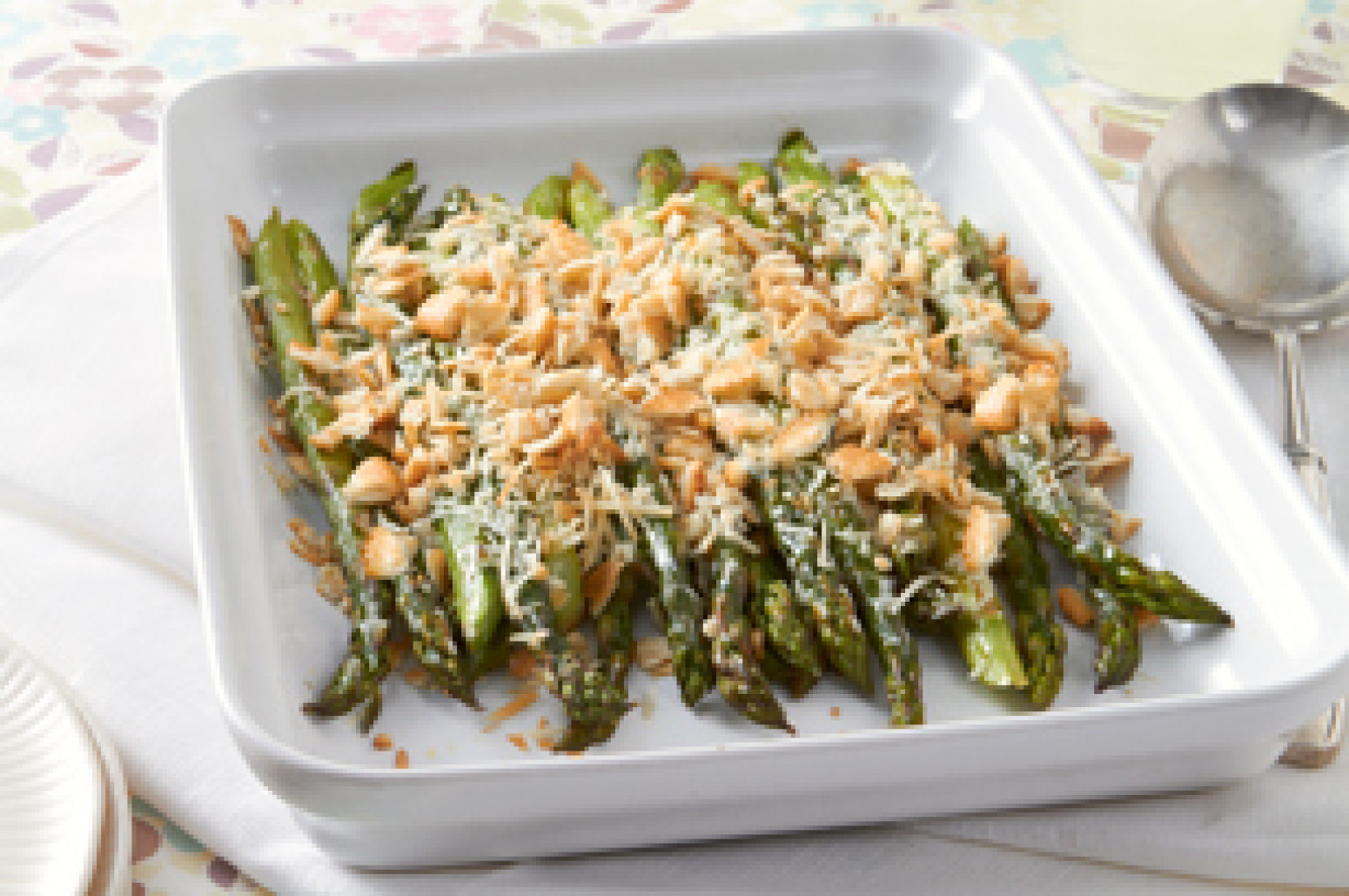 Healthy Asparagus Recipes  Easy Creamy Baked Asparagus Recipe