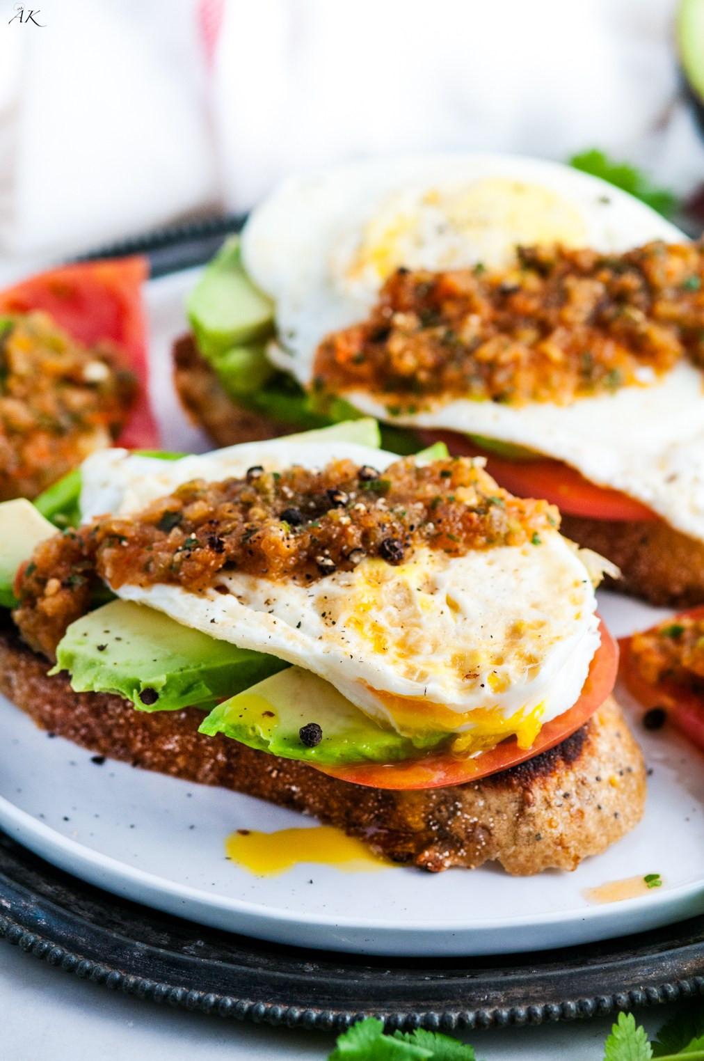 Healthy Avocado Breakfast  Healthy Tomato Avocado and Egg Breakfast Toast Aberdeen