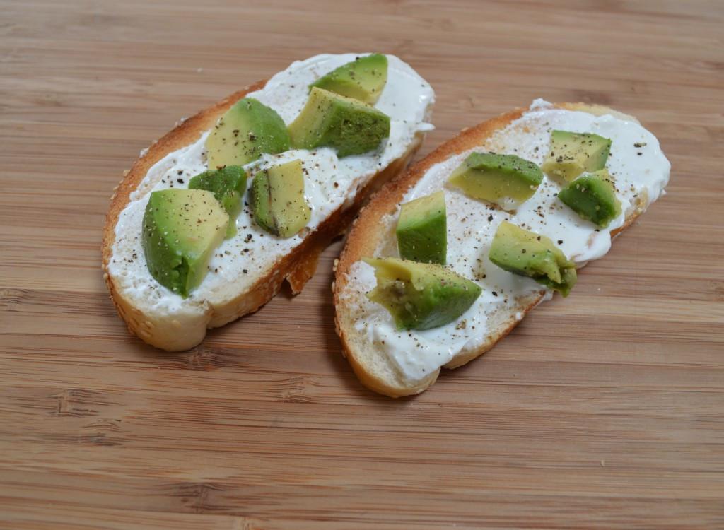Healthy Avocado Snacks  Thursday Treat Avocado and Greek Yogurt Snack