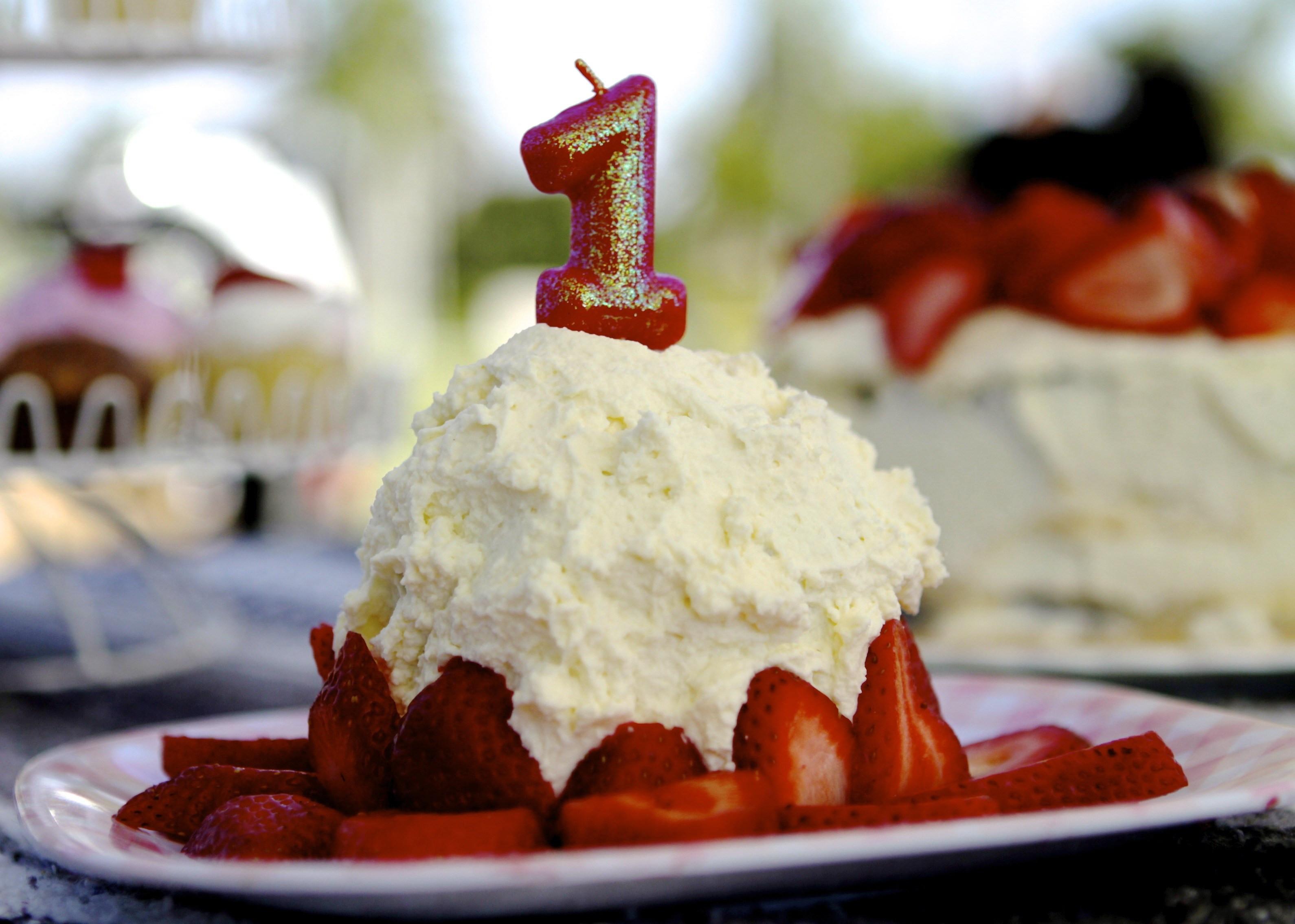 Healthy Baby First Birthday Cake  Baby Bird s Banana Smash Cake A Healthier Option for a