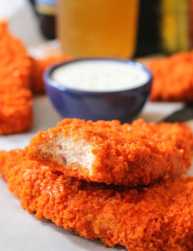 "Healthy Baked Chicken Strips  The Dude Diet Buffalo Chicken ""Fingie"" Edition"