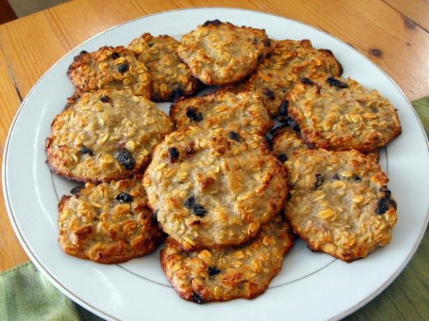 Healthy Banana Cookie Recipes  Ridiculously Healthy Banana Oatmeal Cookies Recipe Food