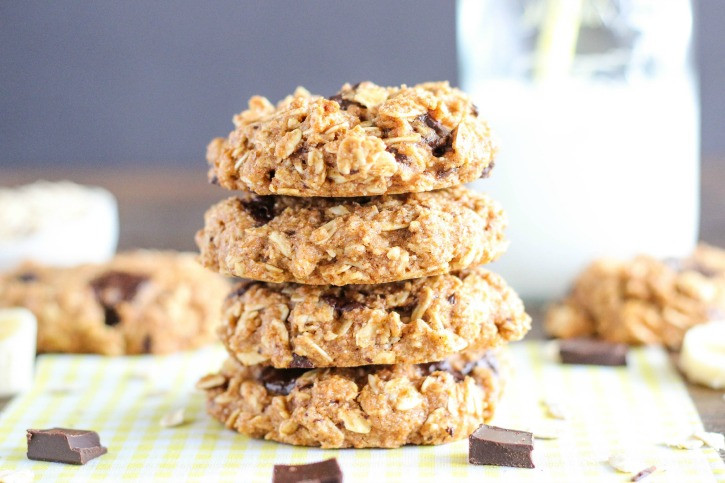 Healthy Banana Cookie Recipes  Healthy Chocolate Chunk Banana Oatmeal Cookies