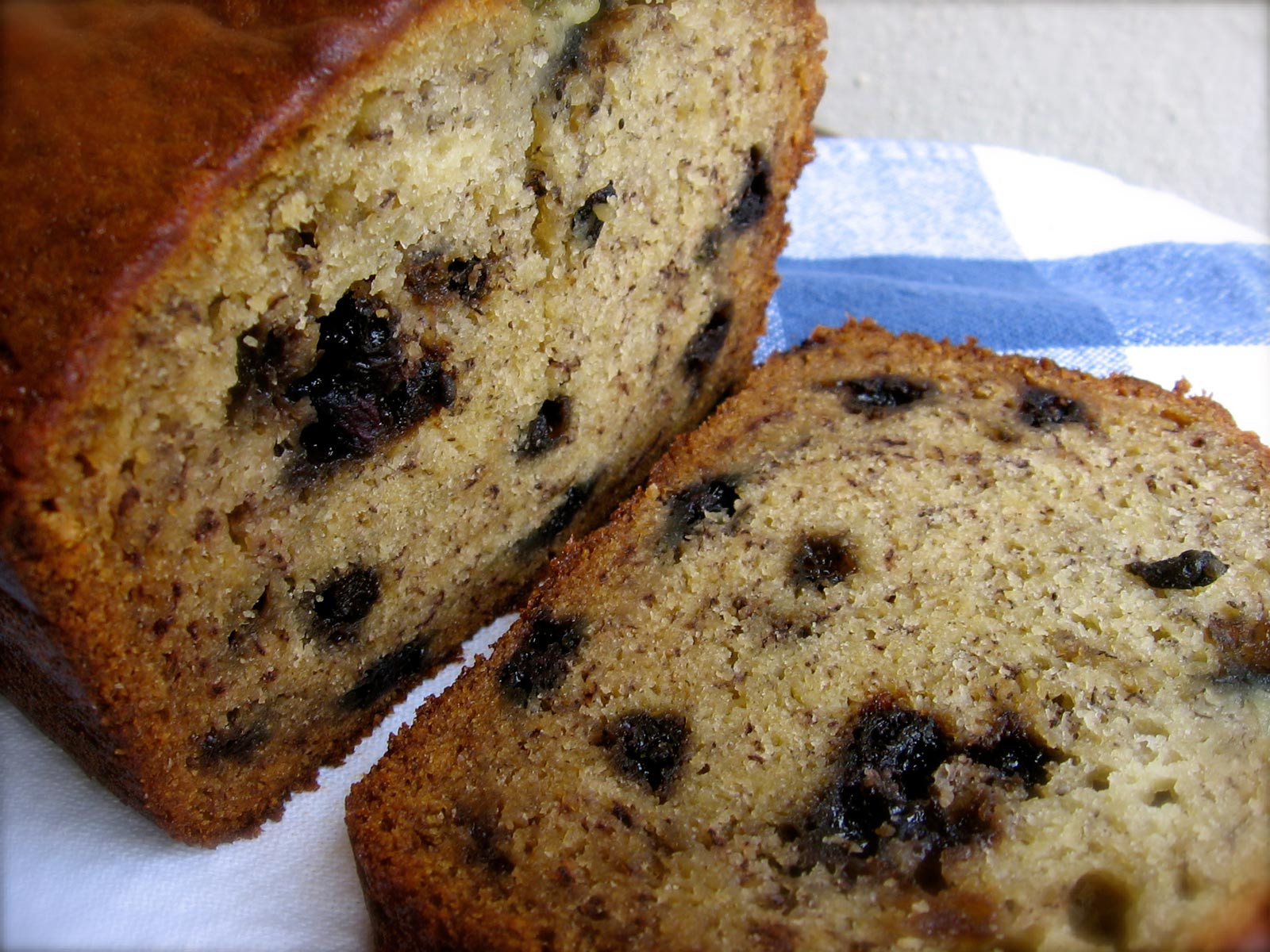 Healthy Banana Nut Bread Recipe  PHOTOS 20 Bread Flavours You Can Make At Home [RECIPES