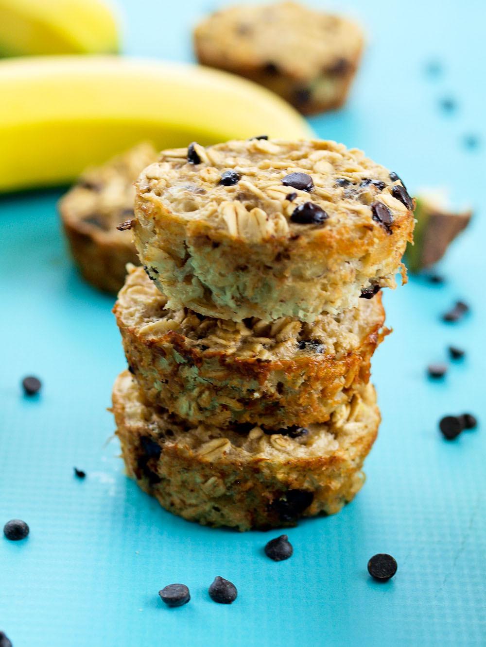 Healthy Banana Oatmeal Chocolate Chip Muffins  Banana Chocolate Chip Baked Oatmeal Muffins Happy