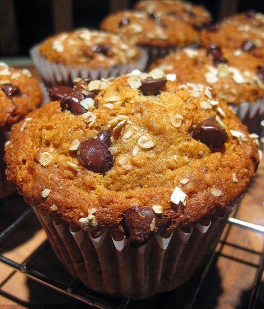 Healthy Banana Oatmeal Chocolate Chip Muffins  Dragon s Kitchen Banana Oatmeal Chocolate Chip Muffins