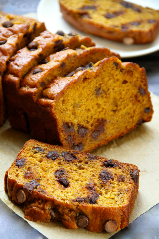 Healthy Banana Pumpkin Bread With Applesauce  Healthy Eating Pumpkin banana bread a nutritious after