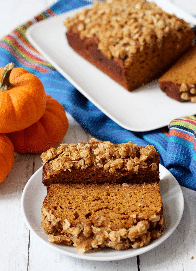 Healthy Banana Pumpkin Bread With Applesauce  Whole wheat pumpkin applesauce bread Family Food on the