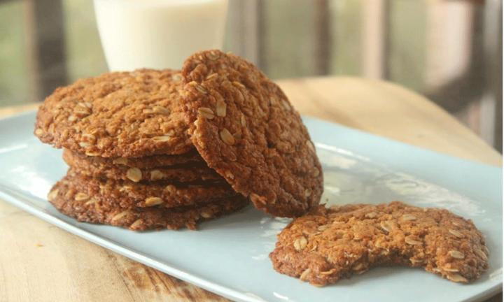 Healthy Biscuit Recipe  Healthy Anzac biscuits Kidspot