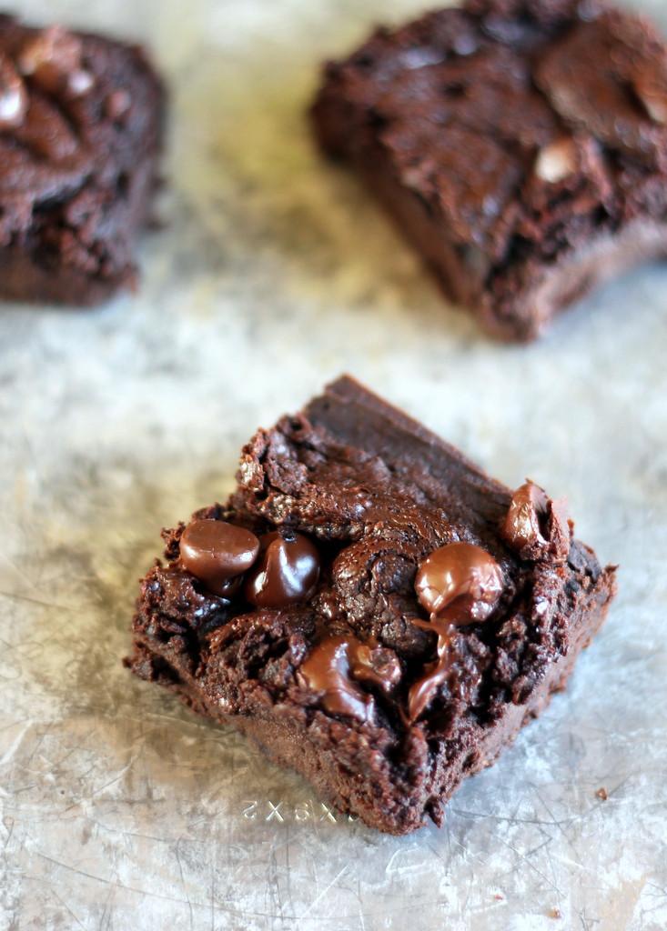 Healthy Black Bean Brownies  Flourless Black Bean Avocado Brownies vegan and gluten
