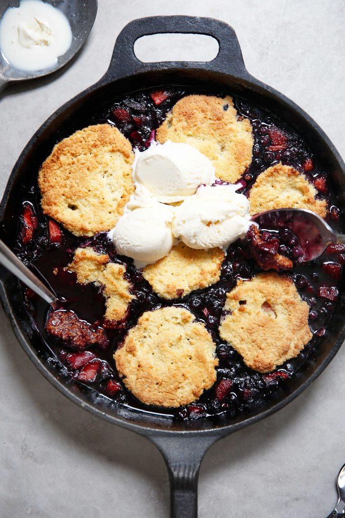 Healthy Blackberry Cobbler  Healthy Berry Cobbler Gluten Free Lexi s Clean Kitchen