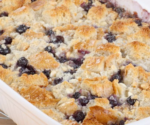 Healthy Blueberry Cobbler  9 Tasty Low Calorie Desserts for Healthy Dieting