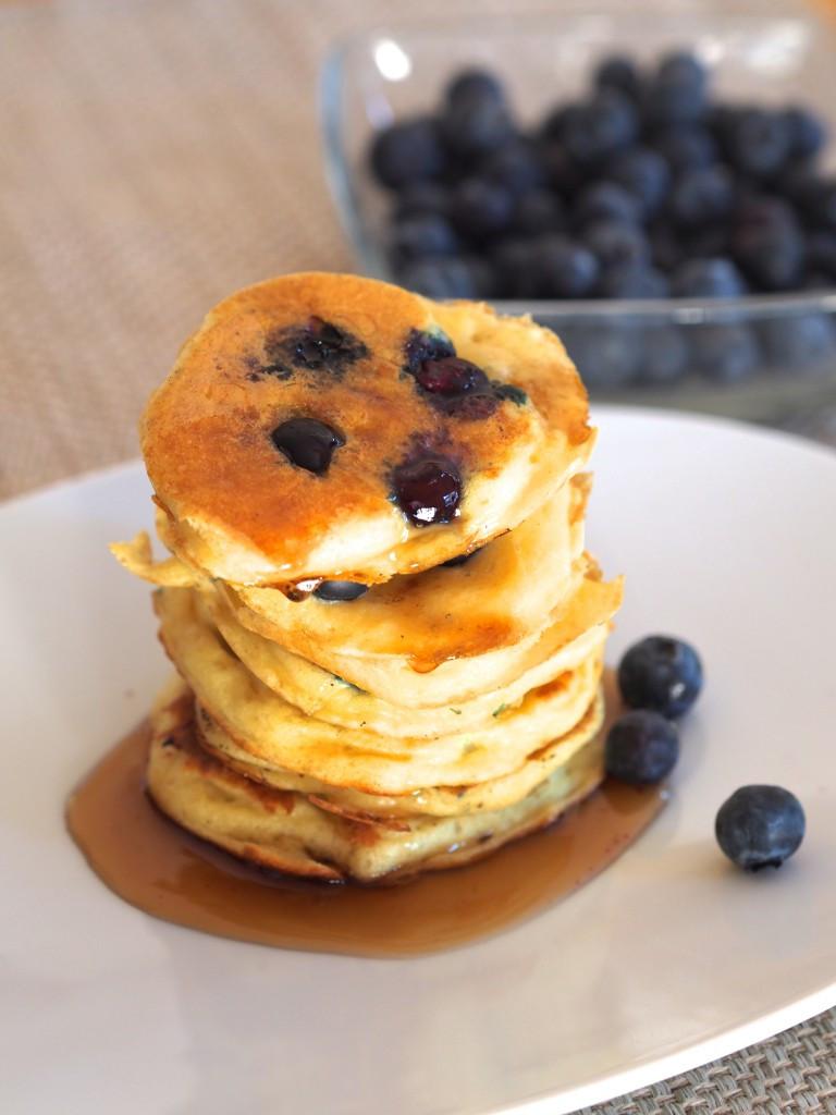 Healthy Blueberry Pancakes  Greek Yogurt Blueberry Pancakes Not Your Average College