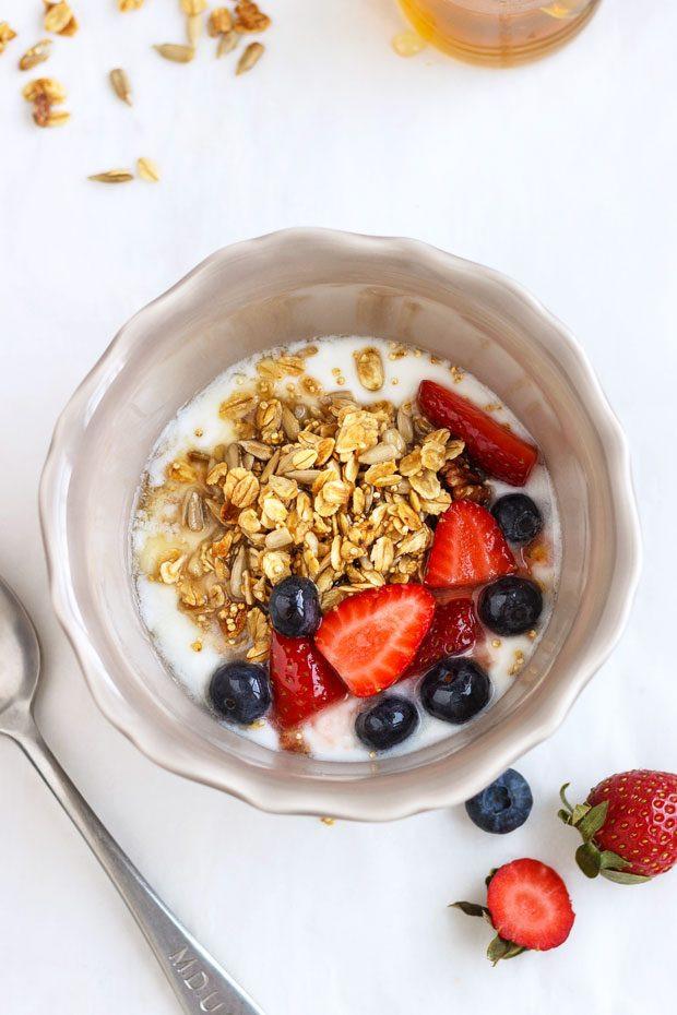 Healthy Breakfast Bowl Recipe  Granola Berry Breakfast Bowl Recipe — Eatwell101