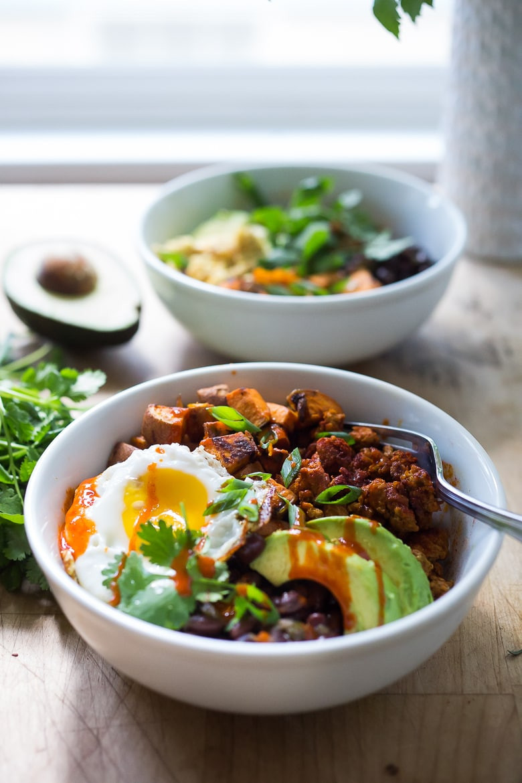 Healthy Breakfast Bowls With Eggs  Healthy Yummy Mexican Breakfast Bowls