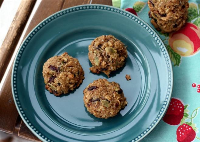 Healthy Breakfast Cookies And Bars  Healthy breakfast cookie stacks up against cereal bars