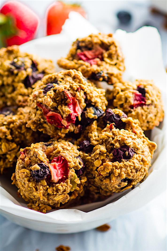 Healthy Breakfast Cookies  e Bowl Berry Oatmeal Breakfast Cookies