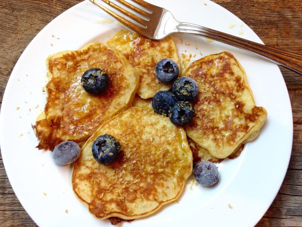 Healthy Breakfast Dallas  3 Ingre nt Whole Wheat Banana Pancakes – Dallas Duo Bakes