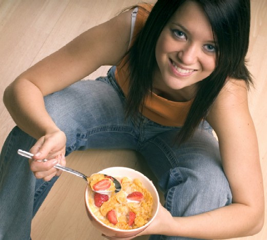 Healthy Breakfast For Teens  Teenage girls eat less healthy food than any other group