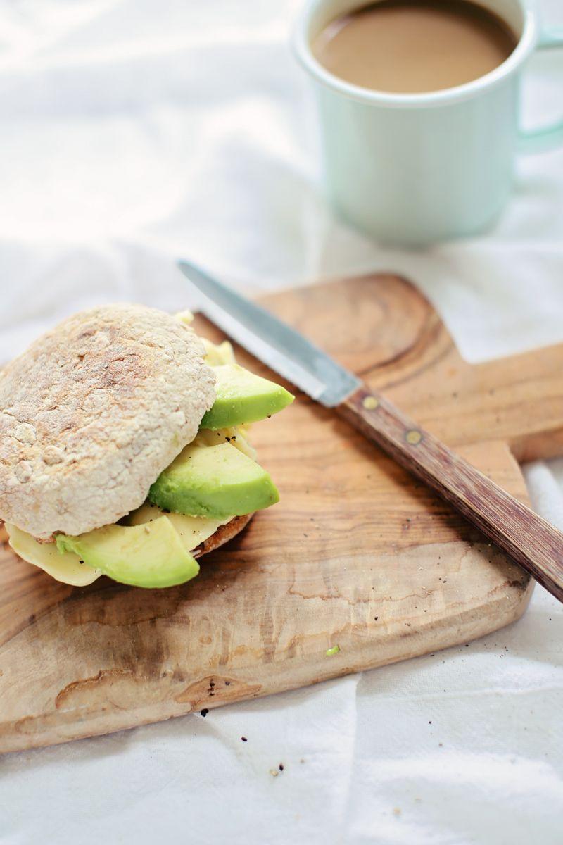 Healthy Breakfast Sandwich Ideas  Healthy Egg & Avocado Breakfast Sandwich a 60 second egg