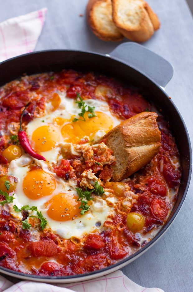 Healthy Breakfast Skillet  Eggs Tomato Breakfast Skillet Recipe — Eatwell101