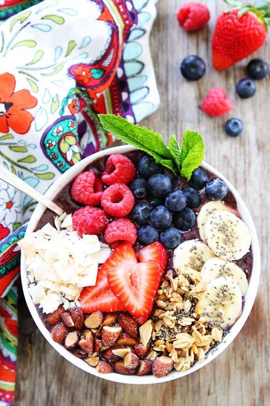 Healthy Breakfast Smoothie Recipe  Smoothie Bowl With Berries And Bananas
