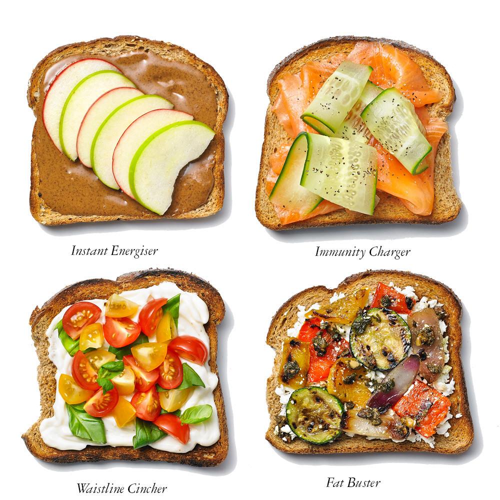 Healthy Breakfast Toast  Fitnessstudio Abnehmen Essen Und Trinken